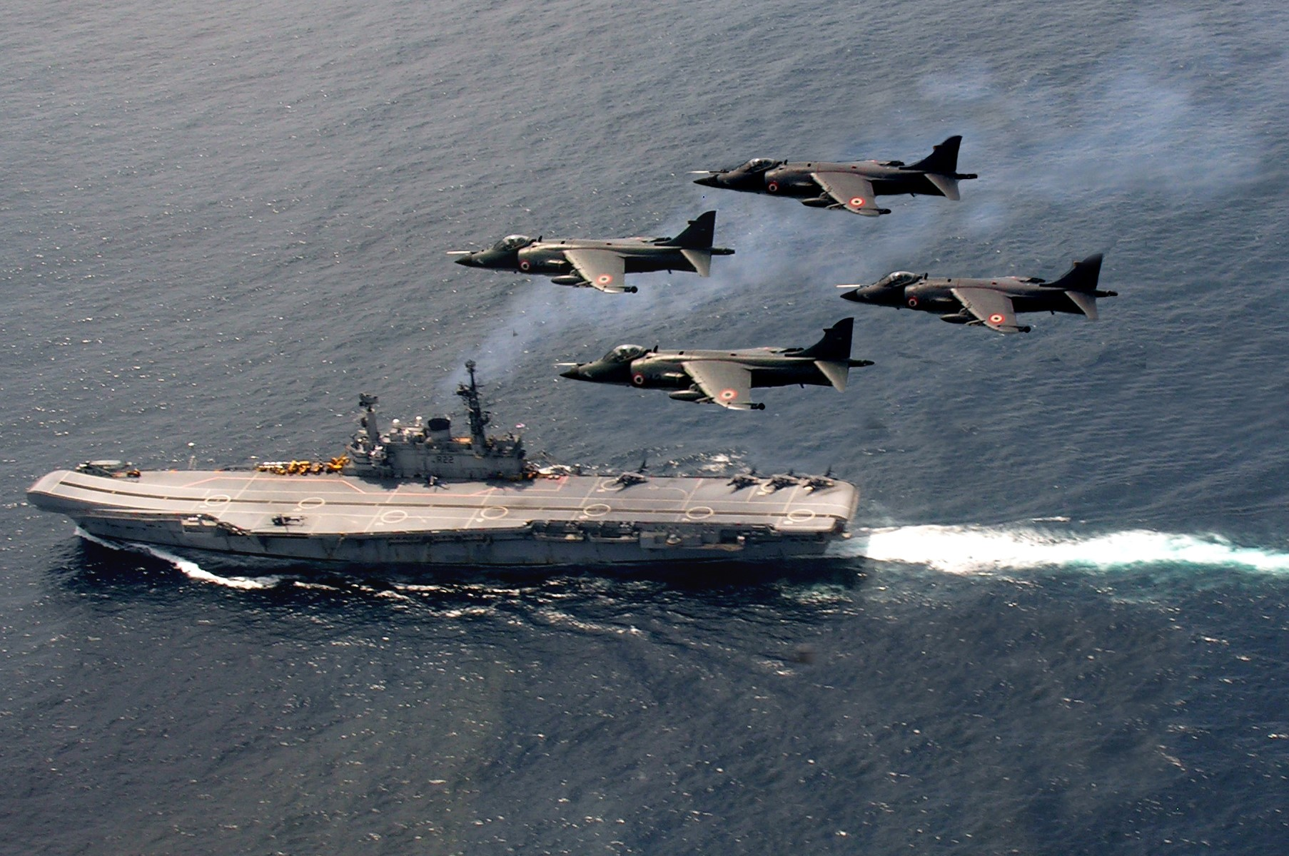 The Guardian Angels: Sea Harriers over the Viraat