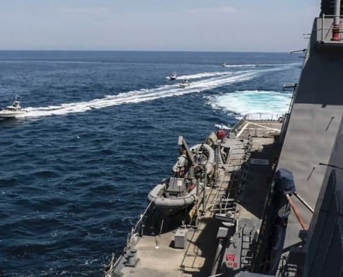 NAVIES AND MARITIME MILITIA: AN UNEQUAL CONTEST